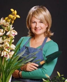 Martha Stewart look-alike