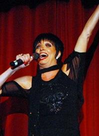 Liza Minnelli impersonator